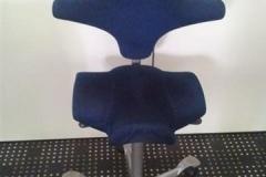 ergonomischer Schreibtischstuhl mit Sattelsitz